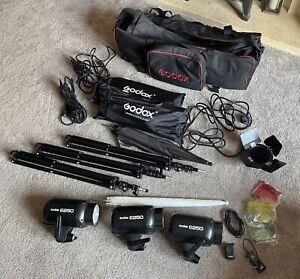 Godox E250 Full Photo Studio Kit Inc 3 Strobe Flash Heads, Triggers, Soft boxes.