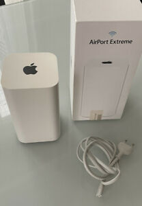 Apple AirPort Extreme ME918Z/A WLAN Basisstation - Weiß