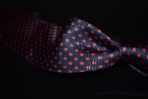 NWT #1 MENSWEAR Drakes Made in England Navy Hobnail Red Polka Dot Spot Silk Tie
