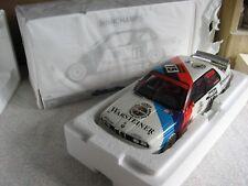 BMW M3 E30 M-Team Schnitzer R.Ravaglia #15 DTM 1992 1:18 OVP limited Edition 504