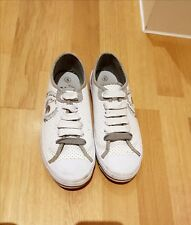 Le Coq Sportif Trainers Size 5 White and Grey