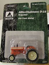 Ertl 1/64 scale Allis-Chalmers D-19 Tractor