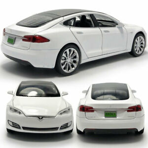 1:32 Tesla Model S 100D Model Car Metal Diecast Toy Vehicle Kid Collection White