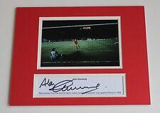 Alan Kennedy Liverpool 1984 mano firmado Autógrafo 10x8 Foto Montaje + certificado De Autenticidad prueba