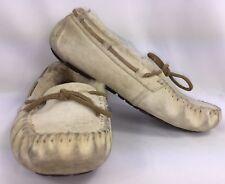 UGG Australia DAKOTA Tan Moccasin Slippers Driving Shoes Women's Size 7