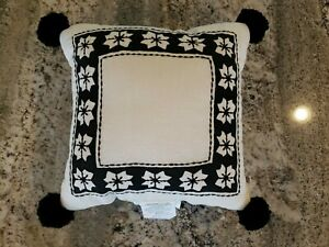 Joanna Gaines Hearth & Hand with Magnolia Nordic Star Unique Wool Pom Poms New