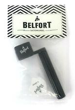 Belfort Universal Saitenkurbel zum Saitenwechseln mit zusätzliche 3 Plektren