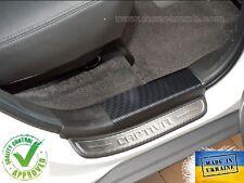 Chevrolet Captiva 2011- Protectores Cromados Umbral Puerta con Fibra de Carbon