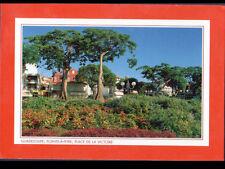 POINTE-A-PITRE (GUADELOUPE) COMMERCES à la Place de la VICTOIRE