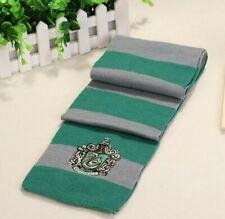 Sciarpa invernale harry potter Hogwarts casata serpeverde slytherin con stemma