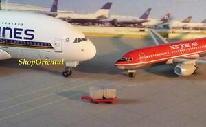 DRAGON WINGS AIRPORT GSE #8B CARGO + RED TROLLEY 1:400