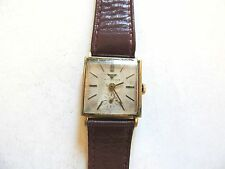 """Vintage Classic """"Wittnauer"""" 17 Jewel Mens 10K Rolled Gold Plate Watch"""