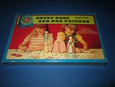Betsy Ross and Her Friends Paper Dolls Boxed Platt & Munk 1969 *Unpunched* 2/19