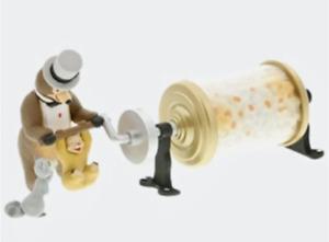 Disneyland Country Bear Jamboree Popcorn Wagon Mini Figure Limited Edition Tokyo