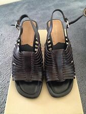 Like New Naturalizer Womens Ladies Sandals Shoes Wedges Heels Size 6 Brown