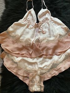 VICTORIA'S SECRET SATIN AND LACE CAMI SLEEP SET. NEW WITH TAG.