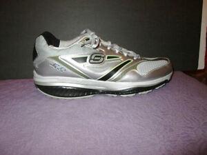 SKECHERS SHAPE UPS Size 13 RESISTANCE Runner SRR 52091 Comfort Ride KINETIC Shoe