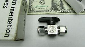 "New Parker 3/8"" Stainless A-Lok Quarter Turn Plug Valves 3000 PSI 6A-PR4-BNT-SS"