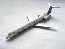 "Md-83/dc-9-83 Airtours/""G-TTPT"", Unknown Make 1:200?/travée 16,2 cm B"