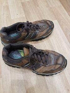 Mens Size 10 Sketchers Shoes / Trainers