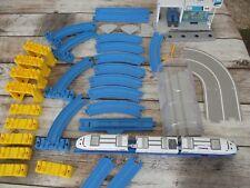 Tomica tommy Lot Rails locomotive tunnel..