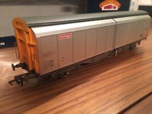 Bachmann 38-602 VGA Railfreight 46 TON Sliding Door Van glw Wagon Weathered