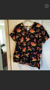 Disney Lion King Scrub Top Xxl