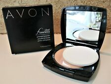 *NEW*DISCONTINUED* Avon Ideal Flawless Pressed Powder in MEDIUM