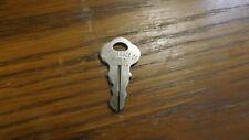 Rr4) Genuine Key 2135 Chicago Lock Co