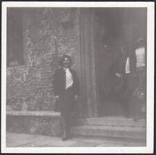 YZ1171 Verona - In posa fuori la chiesa - Fotografia d'epoca - 1970 old photo