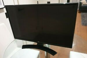 LG 28 Inch Monitor/TV for movies and gaming Used but perfect condition