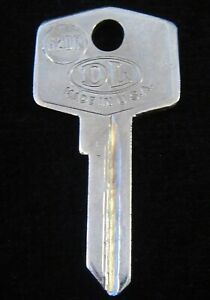 "62FS BRITISH ""FS"" IGNITION KEY BLANK 1959-69 Ign./Doors, 1970-74 Trunk FITS MANY"