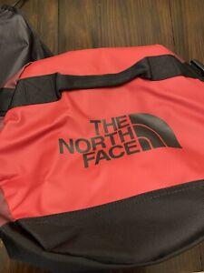 The North Face Golden State Duffel Bag 72L Deep Garnet Red M/M