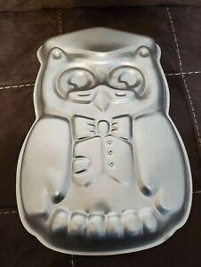 Vintage Wilton Aluminum Wise Owl Cake Pan 1978 #502-7644 Graduation
