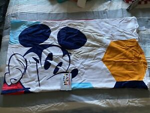 Disney Store Mickey And Minnie Mouse Beach Towel 40x70 New W/Tags