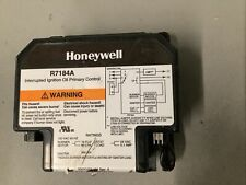 Honeywell Interrupted Ignition Oil Primary Control R7184A-1034. 120V