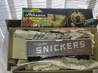 HO Athern 5206 Mars Snickers 40' Scribed Reefer Box Car TMX 1068