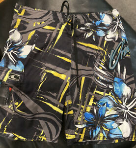 O'Neill Onshore Volley Boardshort (34)floral Pattern
