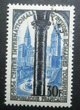 FRANCE-1954-Eglise St-Philibert N°986 oblitéré