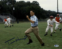 TOM HANKS SIGNED AUTOGRAPHED 11x14 PHOTO RUN FORREST RUN GUMP BECKETT BAS