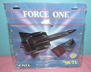 1988 Ertl Force One Die Cast Metal SR-71 Blackbird U.S. Air Force Airplane
