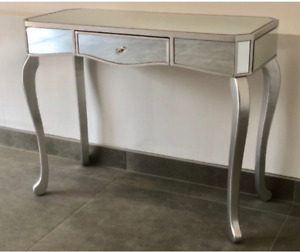 Mirrored Dressing Table Contemporary Venetian Dressing Console REDUCED FROM £124
