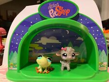 Authentic Littlest Pet Shop - Hasbro Lps - Light Up Dome Playset Frog & Sheep