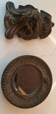 Gothic antique screaming face wall sculpture with gothic antique circle frame