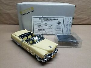 DANBURY MINT 1954 Cadillac Eldorado Convertible 1/24 Die-cast with Box and Title