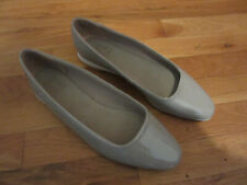 NEW WOMENS NATURALIZER ALYA 10W 10 WIDE GRAY SHINY SLIP ON FLATS SHOES LEATHER