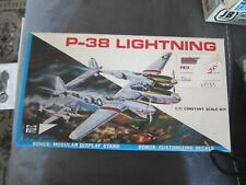 1/72 P-38 Lightning - complet MPC