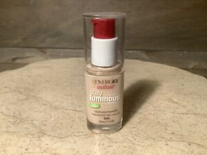 Covergirl Outlast Stay Luminous Foundation #810 CLASSIC IVORY NEW