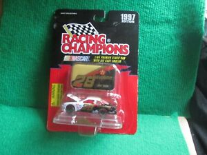 ERNIE IRVAN NASCAR #28 (RACING CHAMPIONS) 1:64 SCALE LOT T83 NEW