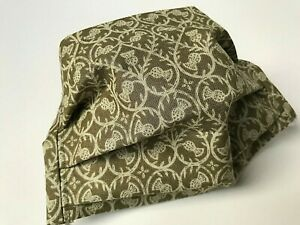 ADULT REUSABLE WASHABLE SCOTTISH THISTLES DESIGNS FACE MASK WITH FILTER POCKET